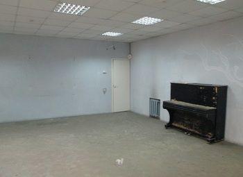 Образовательное учреждение с  лицензией и помещениями КУГИ 1330 м.кв.
