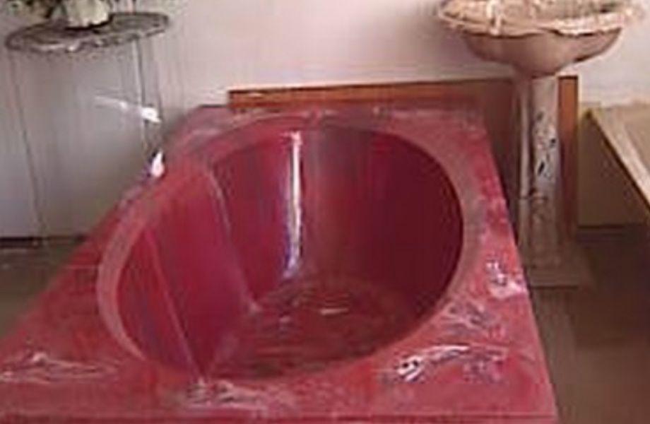 Действующее производство эксклюзивных ванн (14 лет работы)