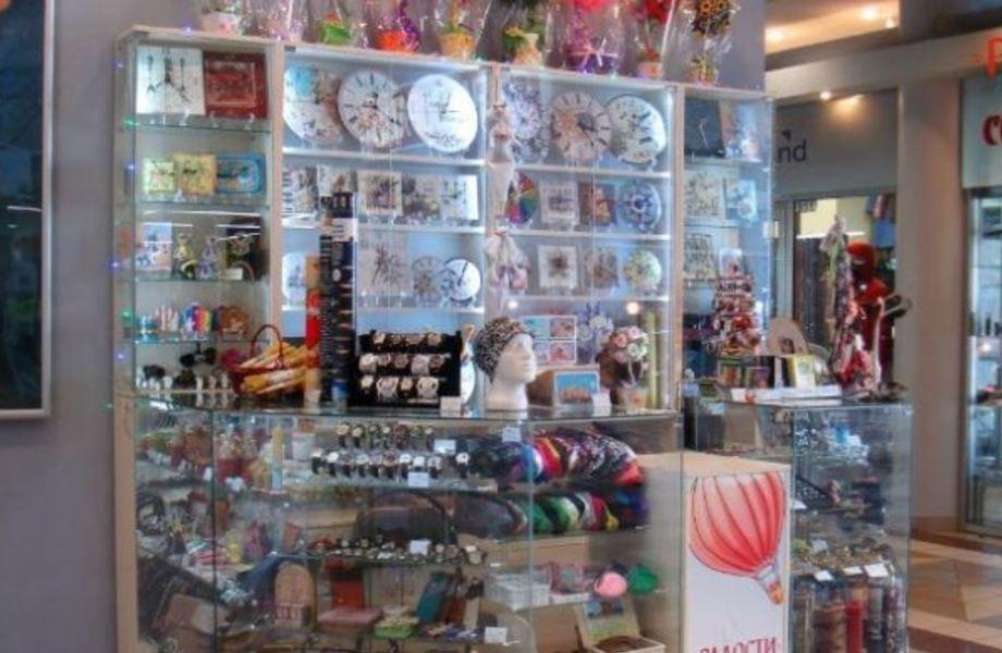 Два прибыльных   мини-магазина подарков  по цене одного