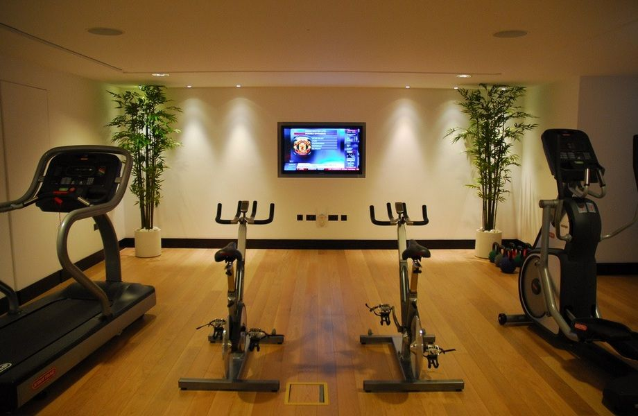 Оздоровительный фитнес клуб широкого спектра услуг