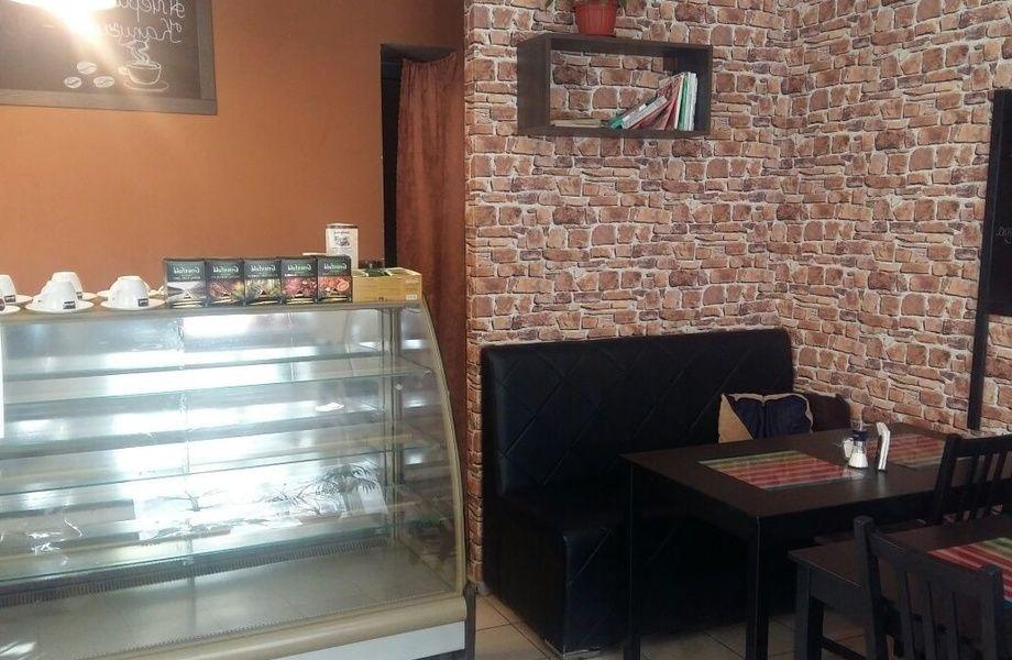 Уютное кафе с собственной кондитерской и пекарней