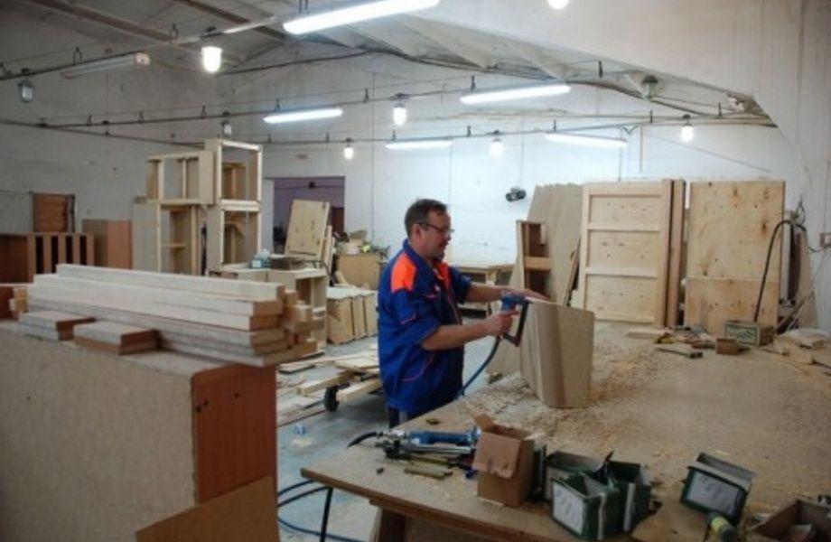 Производство корпусной мебели (по стоимости оборудования)