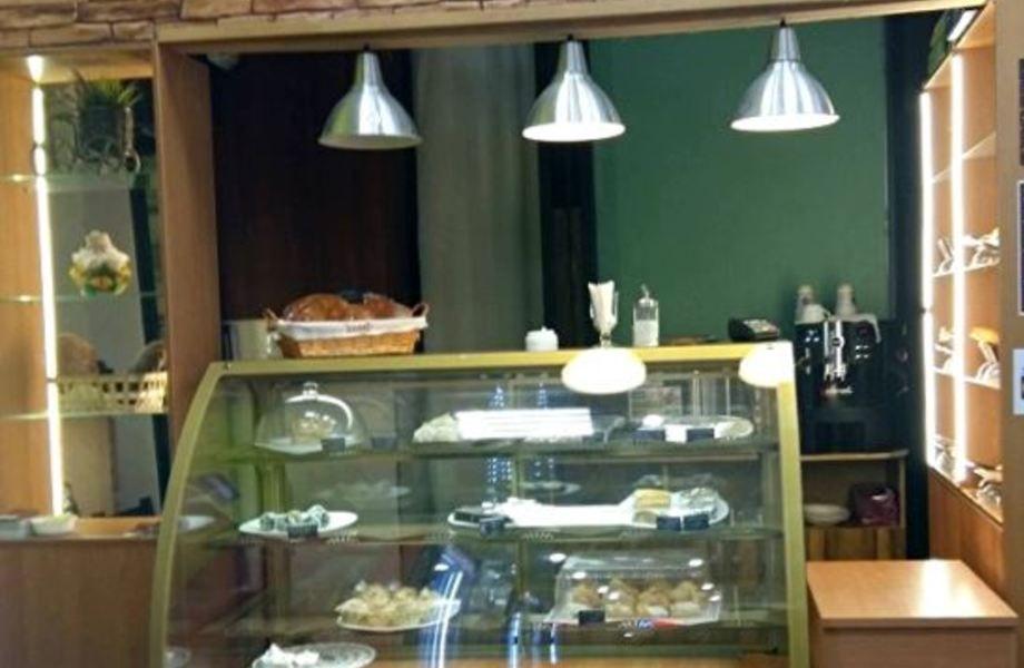 Пекарня-кондитерская с высокой проходимостью