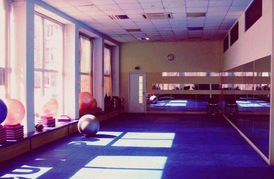 Действующий фитнес центр и салон красоты