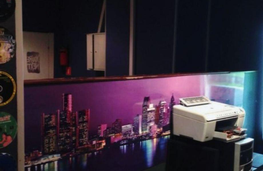Компьютерный клуб с налаженной клиентской базой