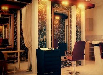 Интересный салон красоты в Приморском районе