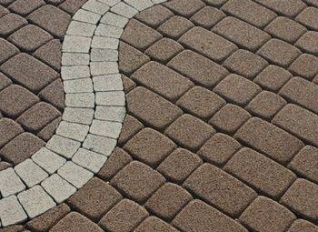 Рабочий цех по изготовлению тротуарных плит и дорожных покрытий