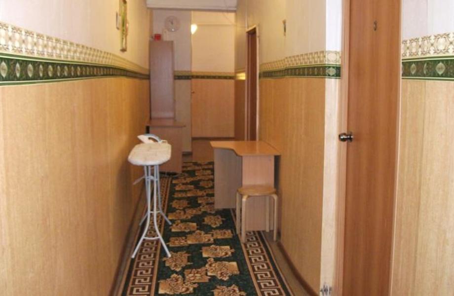 Мини-Отель (5 минут от Казанского Собора)