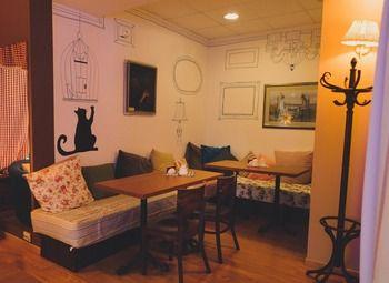 Уютная Кофейня-кондитерская в Жилом Комплексе