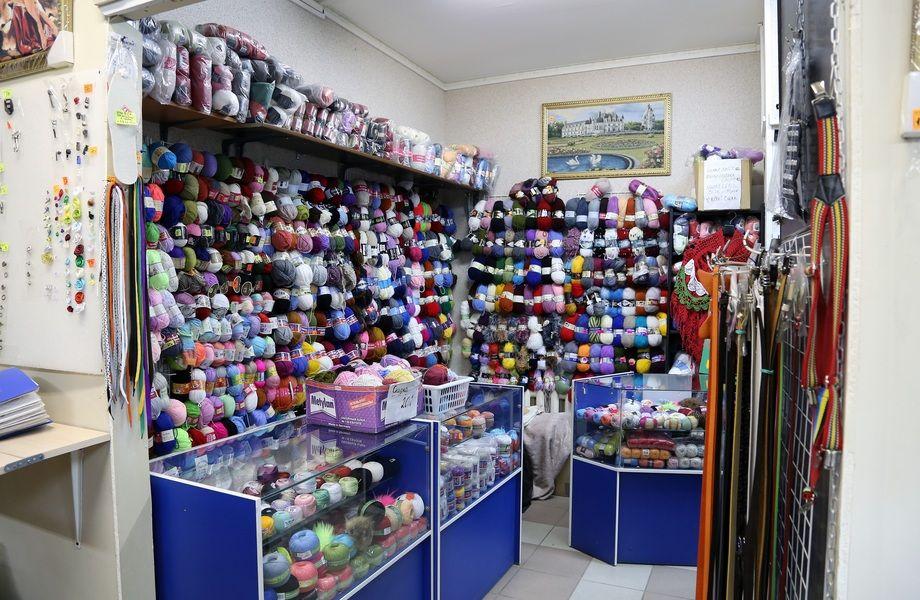 Прибыльный магазин товаров для шитья + ателье в Приморском районе