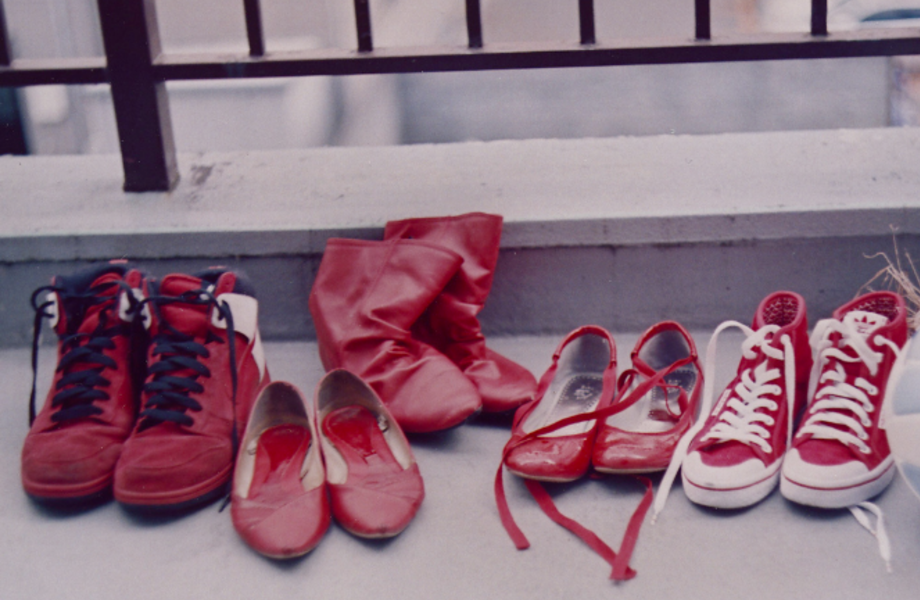 Магазин обуви с шоу-румом.