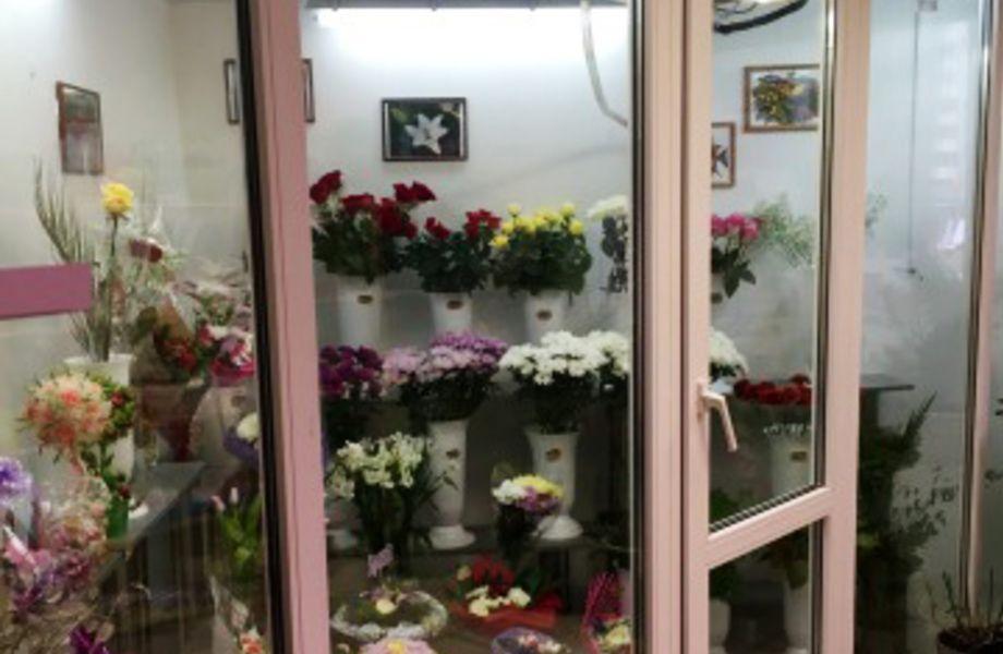 Цветочный магазин на Индустриальном проспекте
