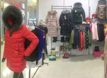 Успешный магазин женской одежды в ТЦ