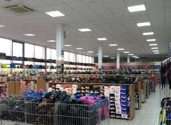 Большой магазин одежды и обуви ( большие обороты)
