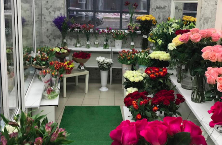 Цветочный Магазин и Салон Красоты в Новом ЖК на Юге Города