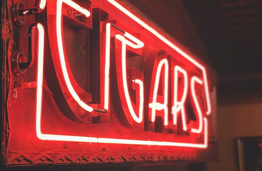 Табачный магазин в проходимом месте