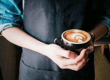 Уютное кафе в бизнес-центре по цене материальных активов