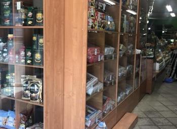 Прибыльный продуктовый магазин в густонаселенном районе города