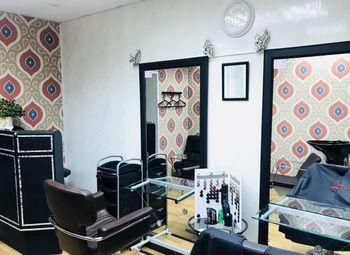 Салон-парикмахерская у метро Площадь Восстания