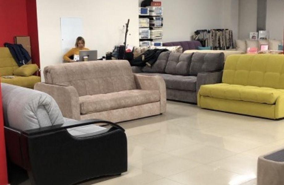 Салон мягкой мебели известного бренда.