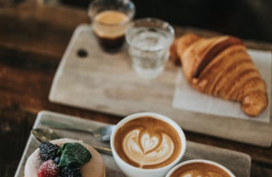 Дизайнерский кафе-бар