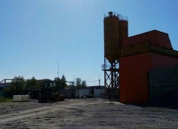 Бетонный завод рядом с КАД