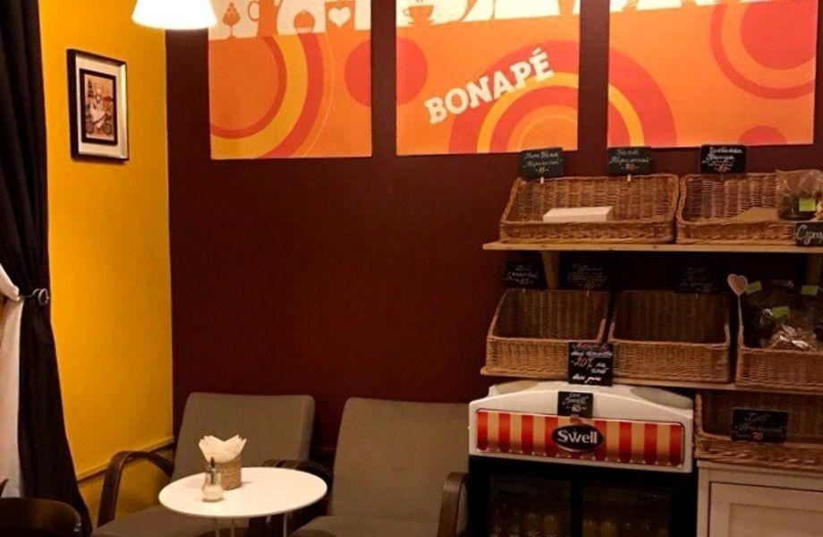 Популярное кафе-пекарня в центре