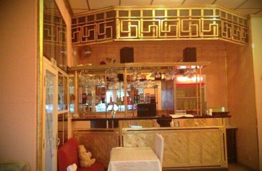 Арендный бизнес со стабильным доходом (кафе + магазин)