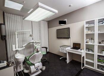 Обустроенная стоматология в центре