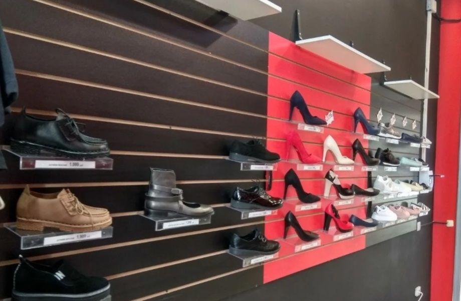 Магазин одежды и обуви в популярном ТРК