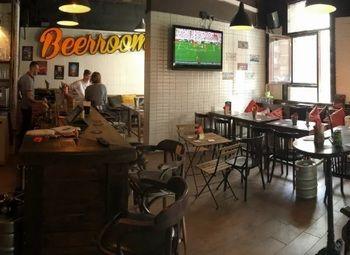 Прибыльный бар в Приморском районе