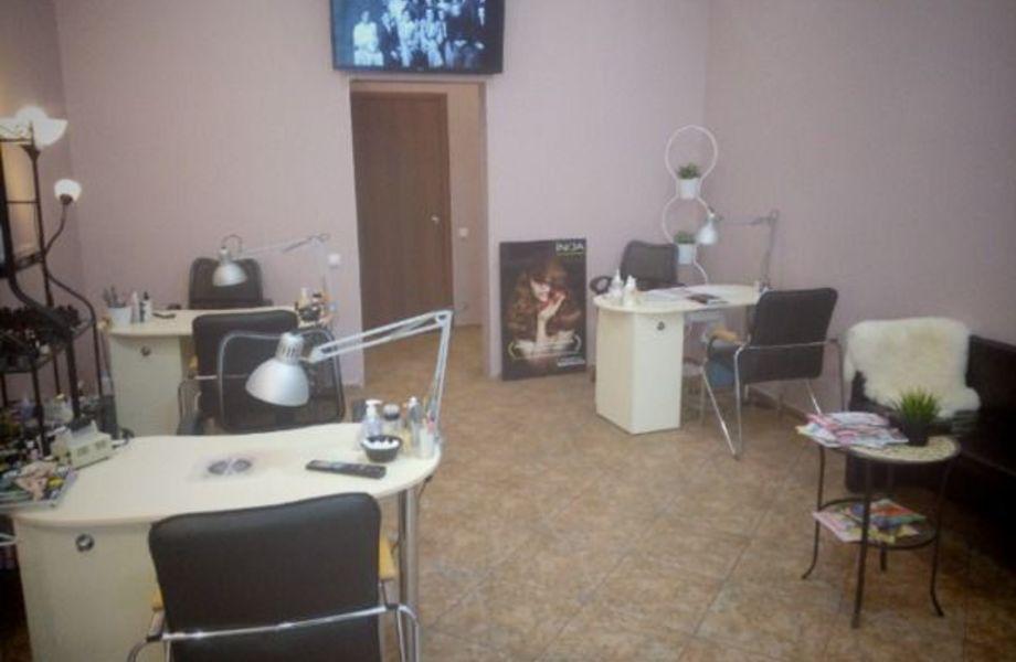 Салон красоты по цене активов в Василеостровском районе
