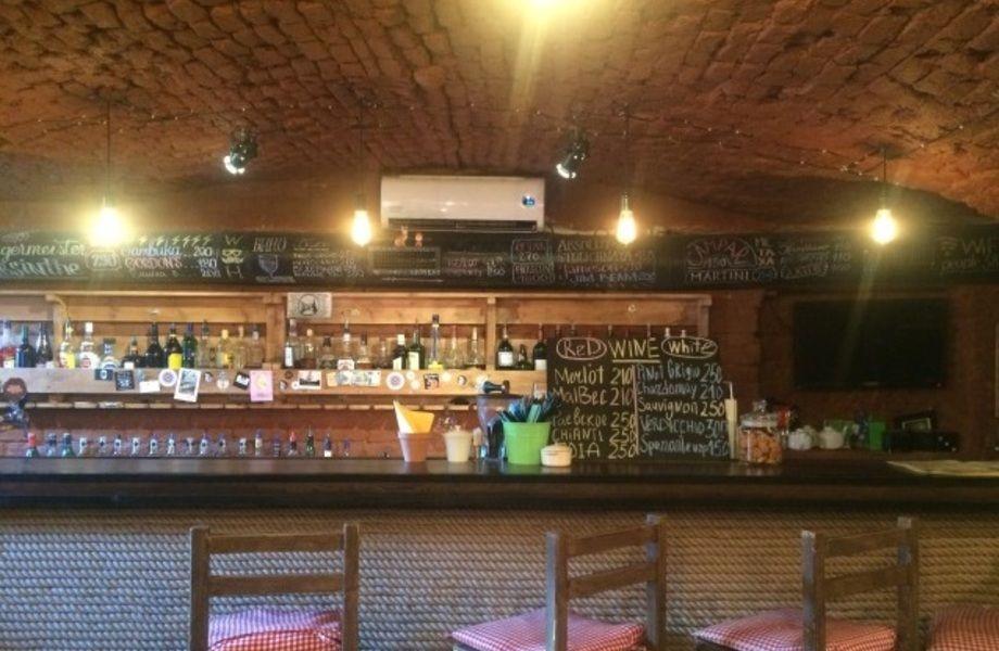Кафе-бар в центральном районе
