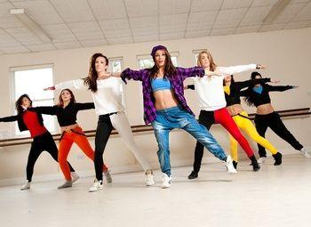 Танцевальная школа в лофт пространстве