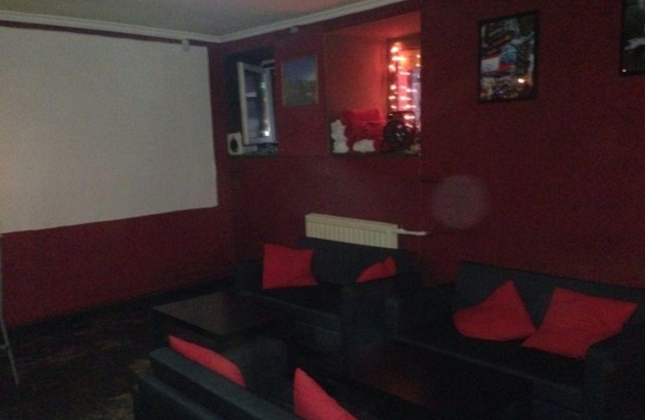 Кальян-бар (рядом с метро)