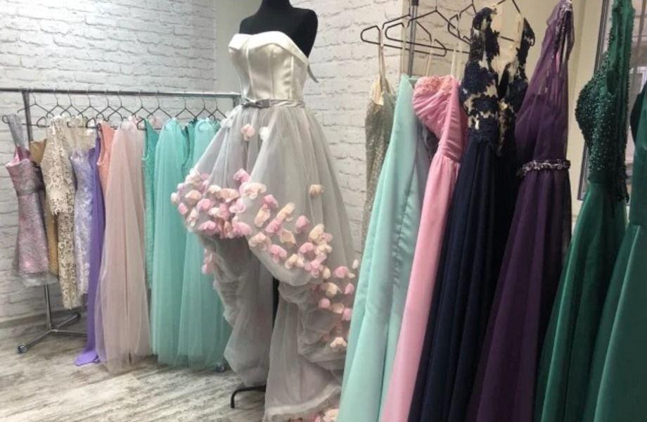 Прокат платьев с постоянными клиентами
