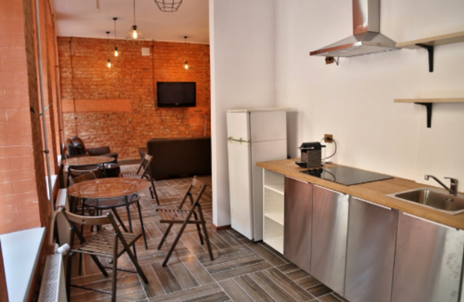 Прибыльный хостел на 30 мест в центре Петербурга