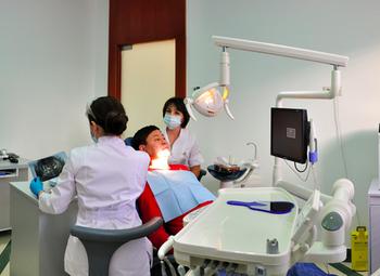 Эксклюзивная стоматология в центре