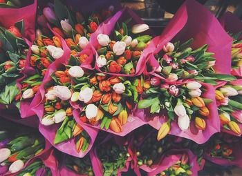 Уютный цветочный магазин