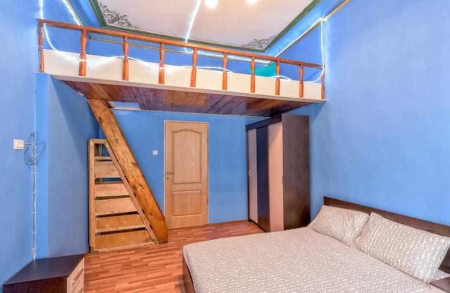 Мини-отель на Петроградке в собственность