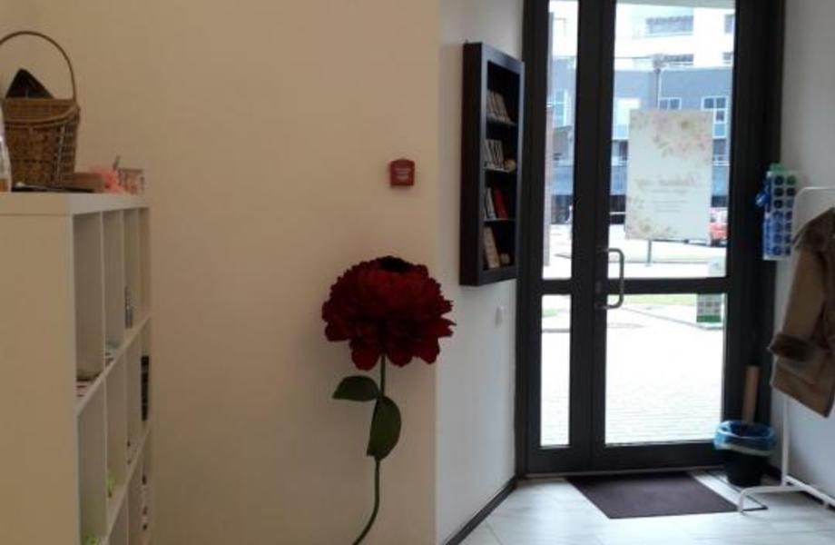 Салон красоты на Удельной с низкой арендой
