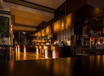 Доля 90 % в кафе-баре на Рубинштейна с доходом 500000 рублей