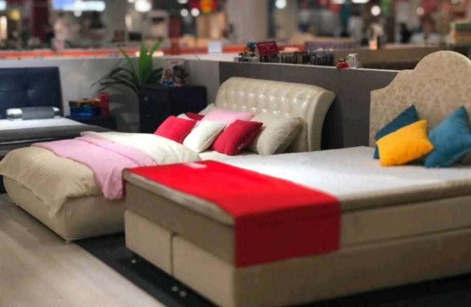 Магазин мебели в торговом центре