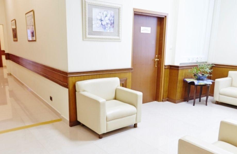 Мед. центр в ОСЗ с палатами и всем оборудованием