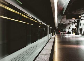Торговое место на Ладожском вокзале 6м2