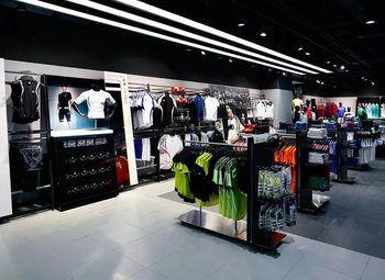 Магазин одежды для спортсменов