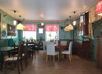 Кафе в самом центре с уникальным дизайном