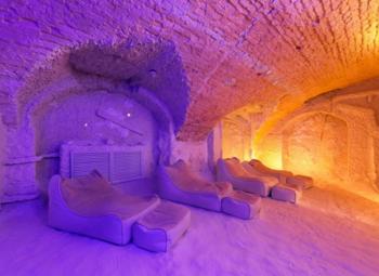Соляная пещера в Выборгском районе города