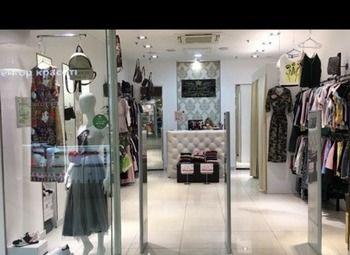 Магазин женской одежды на Лиговском проспекте