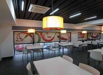 Кафе в большом бизнес-центре